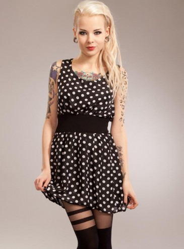 "Robe Rockabilly Gothique Poizen Industries (Evil Clothing) ""Three"""