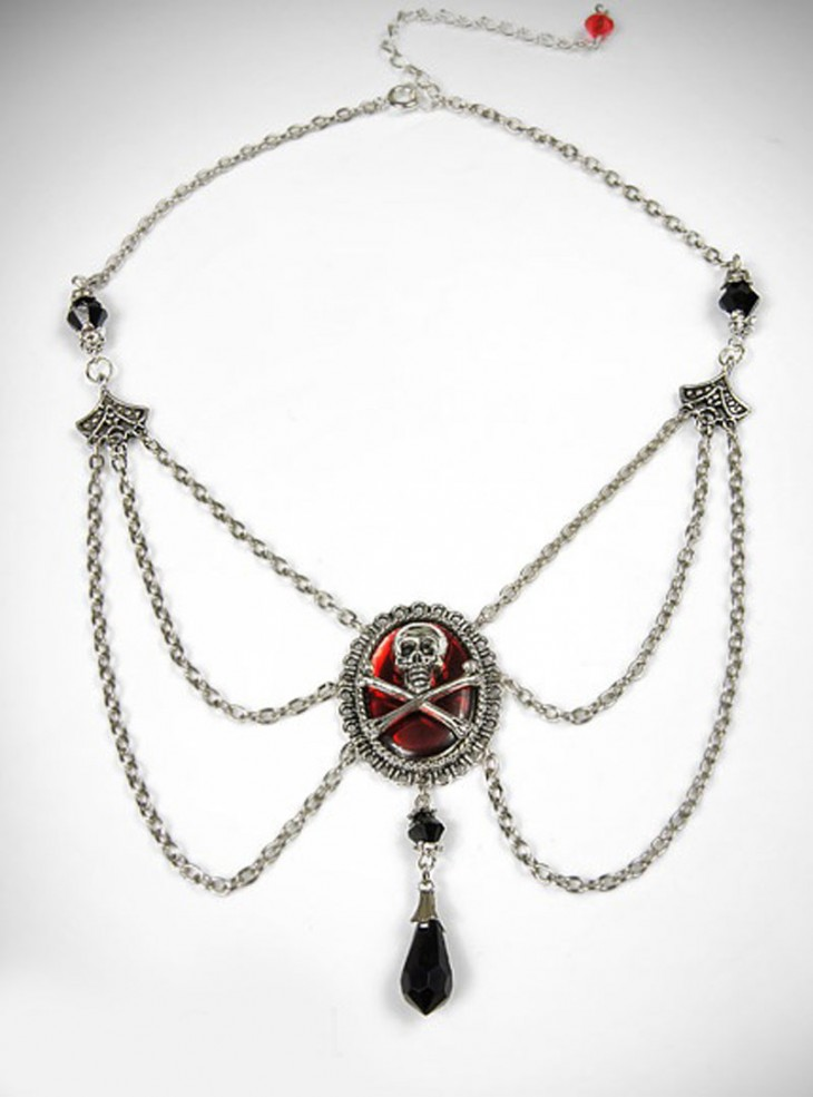"""Collier Rock Gothique """"Red Skull"""""""