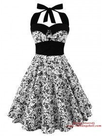 "Robe Pin-Up Rockabilly Années 50 Rock Ange'Hell ""Ashley Black Flowers"" - rockangehell.com"