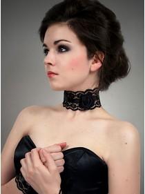 "Collier ras du cou Gothique Lolita Dark Wear ""Black Rose"" - rockangehell.com"