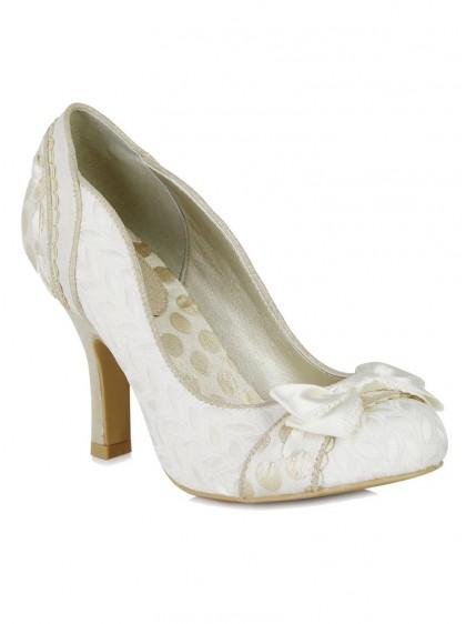 "Chaussures Escarpins Mariage Soirée Années 50 Vintage Rockabilly Ruby Shoo ""Amy Cream"" - rockangehell.com"