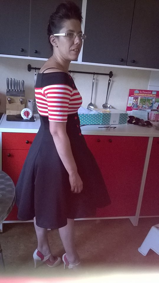 "Robe Retro Vintage Pin-Up Belsira ""White Red Stripes"""
