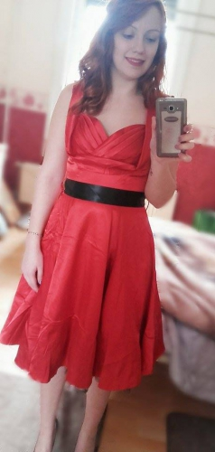 Robe Pin-UP Rockabilly Vintage Satin rouge HR London