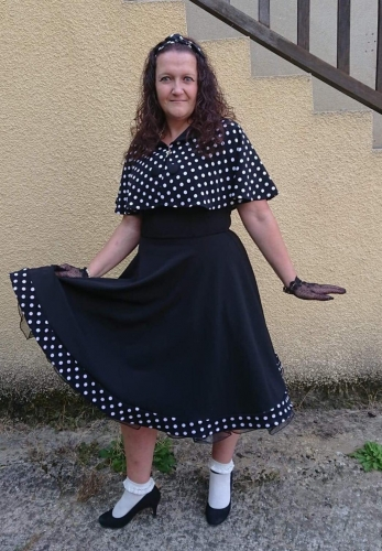 "Robe + Cape Retro Rockabilly Pin-Up Années 50 Belsira ""Black White Dots"""