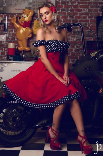 "Robe Années 50 Pin-Up Rockabilly Retro Belsira ""Bella Red"""