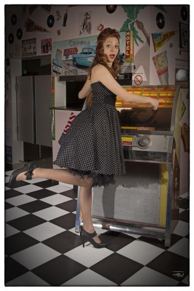 """Robe Retro Vintage Rockabilly """"Ashley Black White mini polka dots"""""""